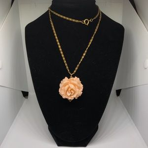 Jewelry - Vintage Rose Necklace
